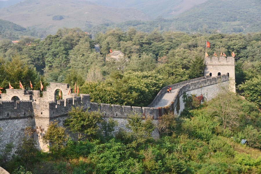 Dandong: The beginning of the Great Wall of China