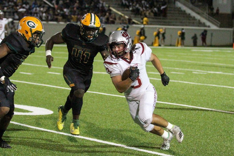Griffin surges in second half to beat Whitewater 41-14
