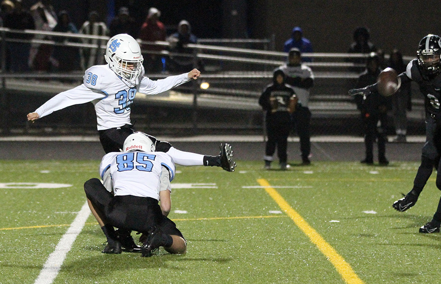 Starr's Mill takes region lead with 42-41 OT win over Riverdale